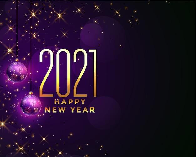 Tarjeta de felicitación de feliz año nuevo con 2021 números dorados, bolas púrpuras y destellos vector gratuito