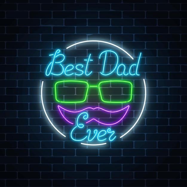 Tarjeta de felicitación para el mejor día del padre de papá en estilo neón Vector Premium