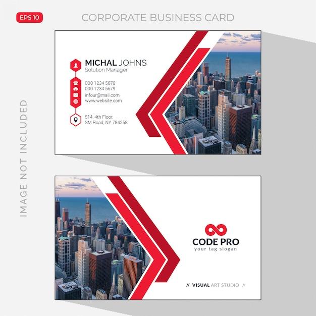 Tarjeta de visita blanca con detalles en rojo con foto de la ciudad. vector gratuito