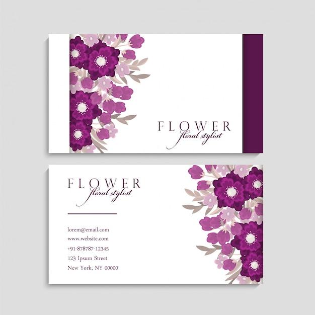 Tarjeta de visita con hermosas flores. vector gratuito
