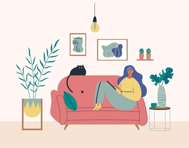Trabajando en casa, espacio de coworking, ilustración del concepto. niña, mujer freelancers trabajando en computadoras portátiles y computadoras en casa. personas en casa en cuarentena. ilustración de estilo plano Vector Premium