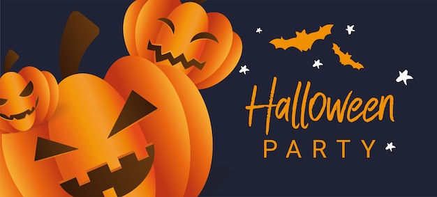 Tres calabazas de halloween de miedo con caras sobre un fondo azul oscuro con murciélagos. Vector Premium