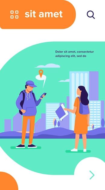 Turista con mapa de papel preguntando destino. hombre explicando el camino a la mujer, usando la aplicación de ubicación en la ilustración de vector plano celular vector gratuito