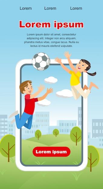 Vector concepto imagen happy kids juego pelota de fútbol vector gratuito