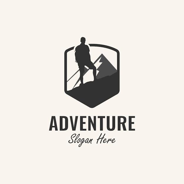 Abenteuer logo design inspiration mit bergsteiger und berg element, Premium Vektoren