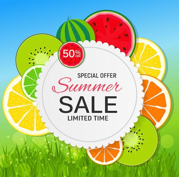 Abstrakter sommerschlussverkauf mit frischen früchten. Premium Vektoren