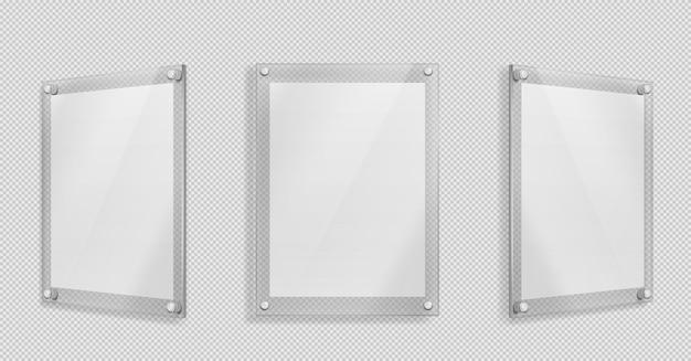 Acrylplakat, leerer glasrahmen hängen an der wand isoliert auf transparent Kostenlosen Vektoren