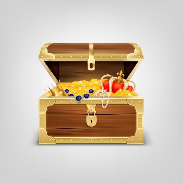 Alte hölzerne truhe mit realistischer zusammensetzung der schätze mit bild der mit goldenen gegenständen gefüllten schatzkiste Kostenlosen Vektoren