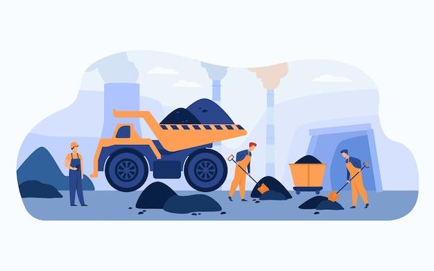Arbeiter in kohlengruben in overalls graben mit spaten in der nähe von karren, lastwagen und rohrleitungen von kohlenhaufen kohlenhaufen. vektorillustration für die gewinnung von mineralien, bergbau, bergmannskonzept. Kostenlosen Vektoren