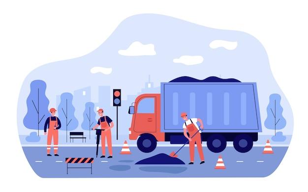 Arbeiter reparieren straße. männer in overalls verteilen asphalt vom lkw. illustration für stadtservice, blaue kragen, transportkonzept Premium Vektoren