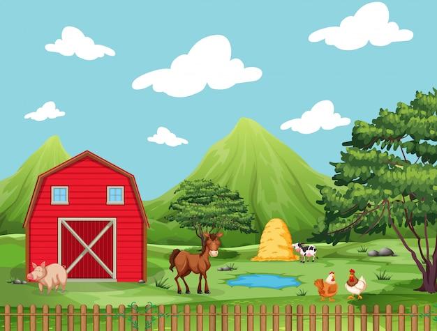 Bauernhofszene mit schwein, pferd, hühnern, teich, wasser und kuh mit heustapel Kostenlosen Vektoren