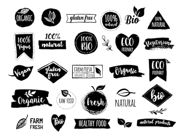 Bio, ökologie, bio-logos, etiketten, tags. hand gezeichnete bio-abzeichen für gesunde lebensmittel, satz rohe, vegane, gesunde lebensmittelschilder, bio- und elementsatz Premium Vektoren
