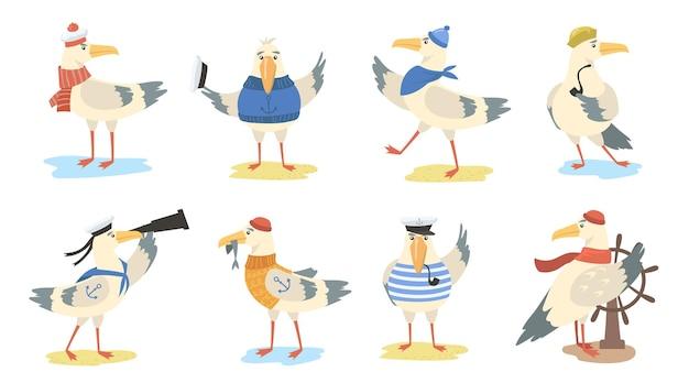 Cartoon möwe gesetzt. verschiedene aktionen von vögeln, die matrosenkostüme und hüte tragen. flache illustration Kostenlosen Vektoren