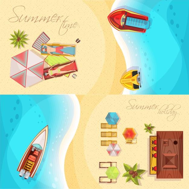 Draufsicht der horizontalen fahnen des strandurlaubs einschließlich küste, meer, boote, bar, sonnenanbeter auf liegestühlen lokalisierte vektorillustration Kostenlosen Vektoren
