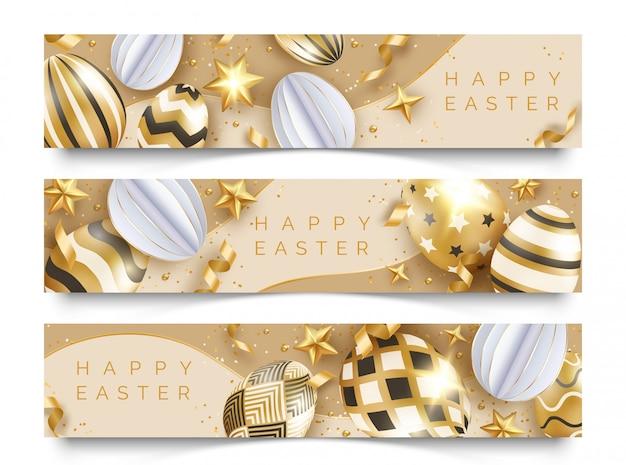 Drei horizontale osterbanner mit realistischen goldverzierten eiern, bändern, sternen und kugeln. Premium Vektoren