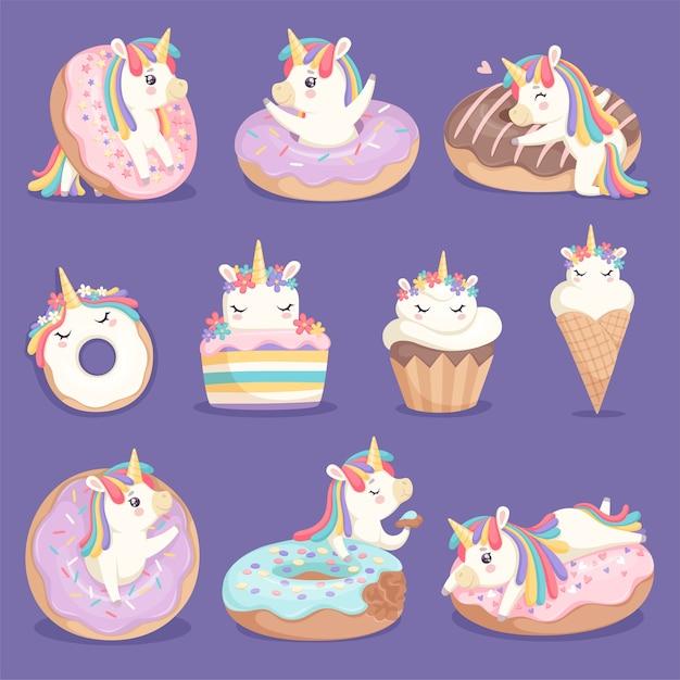Einhorn donuts. nettes gesicht und charaktere der magischen rose kleines pony-einhorn mit kuchen donuts eis vektor dessert bilder. einhorn mit süßer sahne, kleinem kuchen und einfallsreicher ponyillustration Premium Vektoren