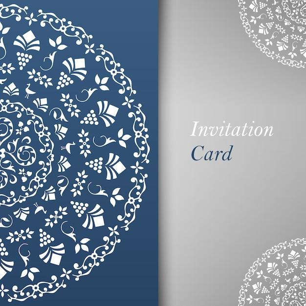 Einladungskartenschablone mit blumenelementen Kostenlosen Vektoren