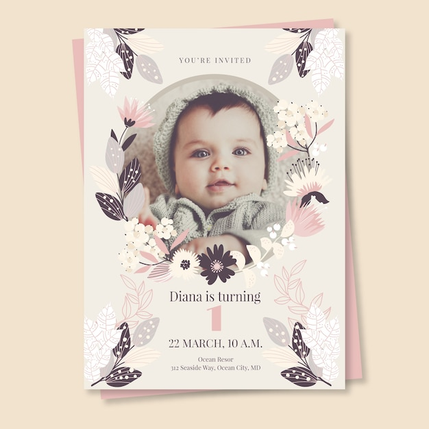 Einladungsschablone der kindergeburtstagskarte mit foto Kostenlosen Vektoren