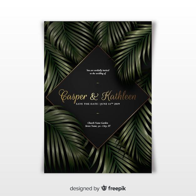Elegante hochzeitseinladungsschablone mit tropischen blättern Kostenlosen Vektoren