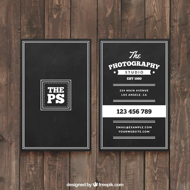 Elegante schwarze visitenkarte für einen professionellen fotografen Kostenlosen Vektoren