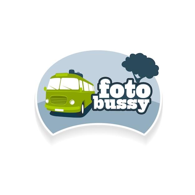 Emblem vorlage foto bus tourismus. corporate branding identität, logo symbol auf weißem hintergrund isoliert Premium Vektoren