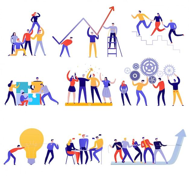 Flache bunte gruppe der teamarbeitsikonen mit leuten, die versuchen, ziele zu erreichen, isoliert auf weiß Kostenlosen Vektoren
