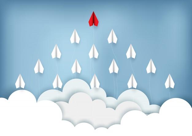 Flache rote und weiße papierfliege bis zum himmel beim fliegen über eine wolke. kreative idee. abbildung cartoon vektor Premium Vektoren