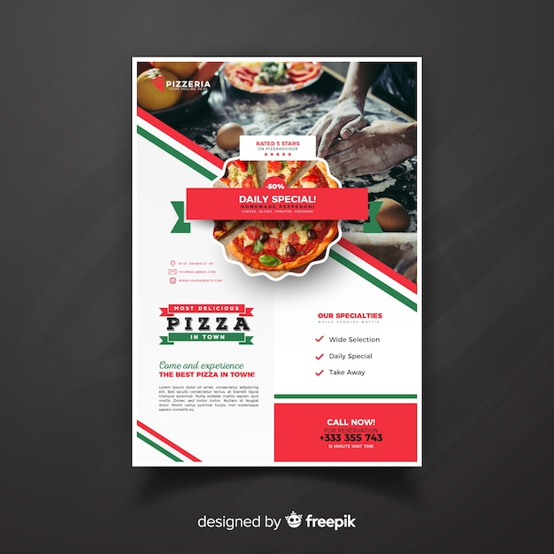 Fotografischer pizza-restaurant-flyer Kostenlosen Vektoren