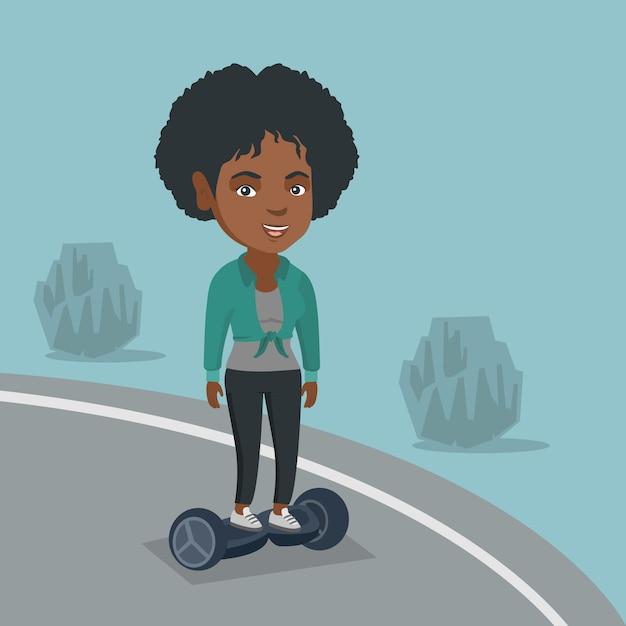 Frau, die einen selbstabgleichenden elektrischen roller reitet. Premium Vektoren