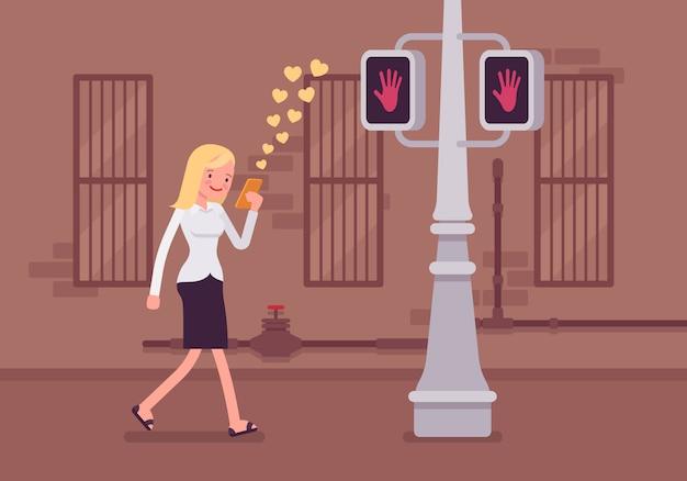 Frau geht mit smartphone Premium Vektoren