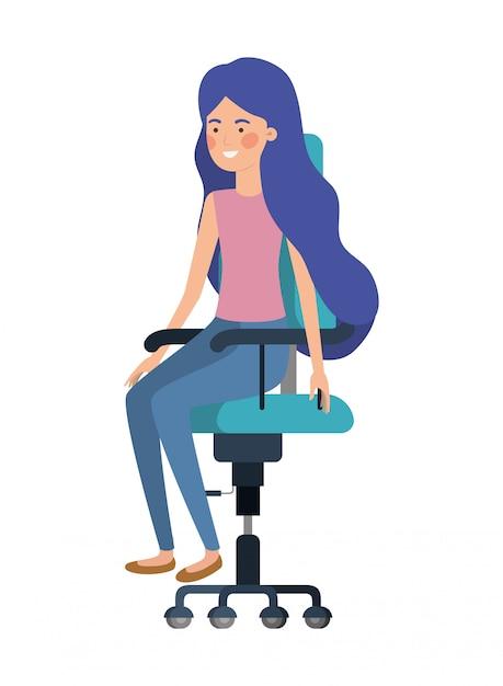 Frau mit dem sitzen im bürostuhlavataracharakter Premium Vektoren