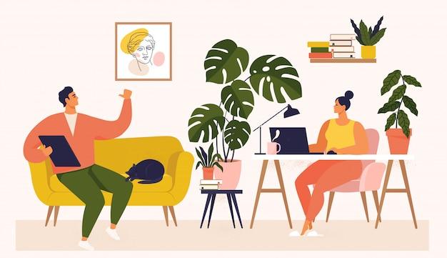 Frau und mann arbeiten am schreibtisch und auf dem sofa von zu hause aus. paar haben viel arbeit. frau, die mit laptop an ihrem schreibtisch arbeitet und ui und ux testet. illustration des studenten, der zu hause studiert. Premium Vektoren