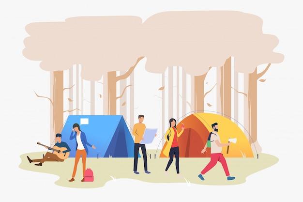 Freunde, die am campingplatz in der hölzernen illustration stillstehen Kostenlosen Vektoren