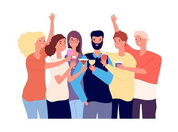 Freunde trinken. eine gruppe lustiger kerle stößt mit alkoholischen getränken an und macht toast. feier flaches konzept. Premium Vektoren