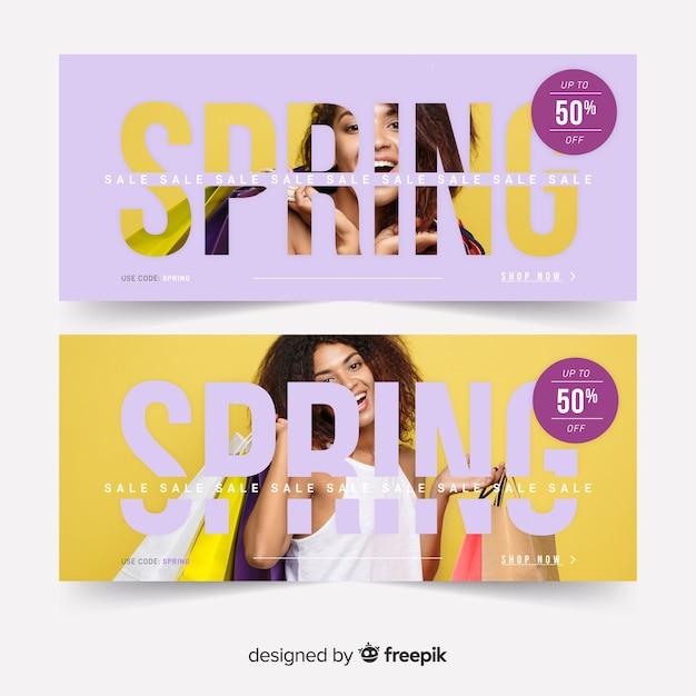 Frühlingsverkaufsfahnen mit foto Kostenlosen Vektoren