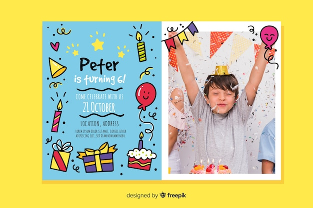 Geburtstags-einladungsschablone der kinder mit foto Kostenlosen Vektoren