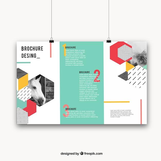 Geometrische broschüre mit bunten stil Kostenlosen Vektoren