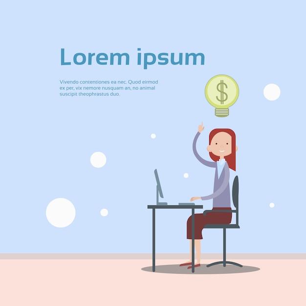 Geschäftsfrau-sitzende schreibtisch-arbeits-laptop-computer Premium Vektoren
