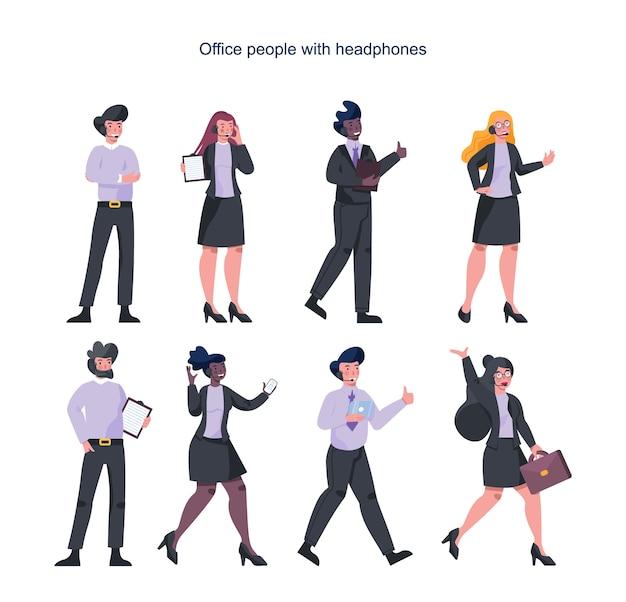 Geschäftsleute mit kopfhörer. dienstleistungen . weibliche und männliche charaktere sprechen mit kunden oder kollegen. idee der kundenbetreuung. hilfsarbeit. Premium Vektoren