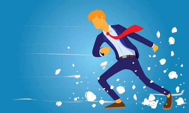 Geschäftsmann, der durch starken wind der herausforderung geht Premium Vektoren