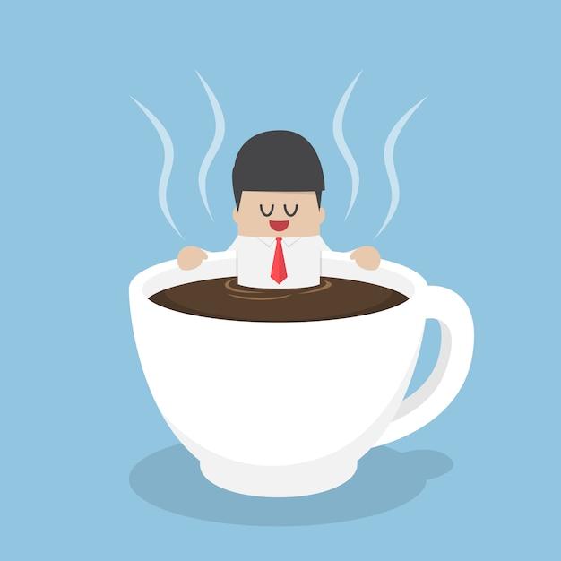 Geschäftsmann, der in einem tasse kaffee sich entspannt Premium Vektoren
