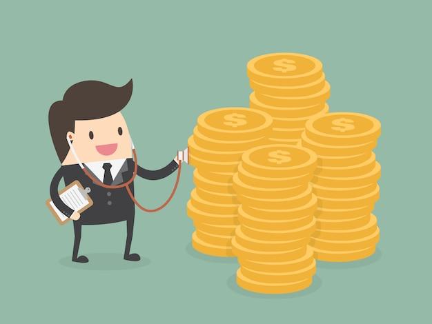 Geschäftsmann mit einem stapel von münzen Kostenlosen Vektoren