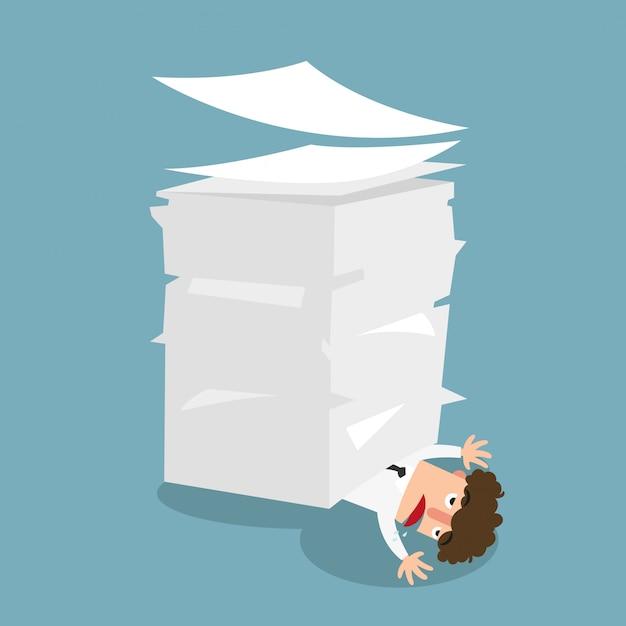 Geschäftsmann unter dem papier, konzept viele jobillustration. Premium Vektoren