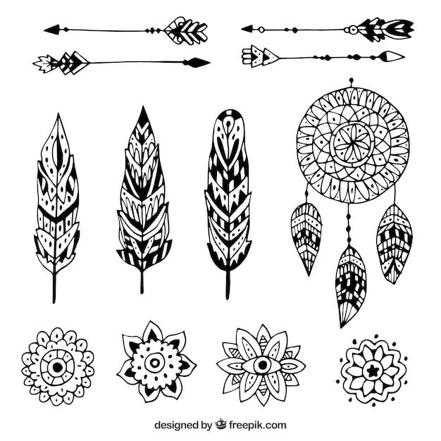 Gezeichnete art der boho elementsammlung in der hand Kostenlosen Vektoren