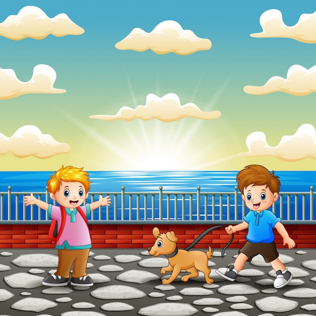 Glückliche kinder, die am seehafen spielen Premium Vektoren