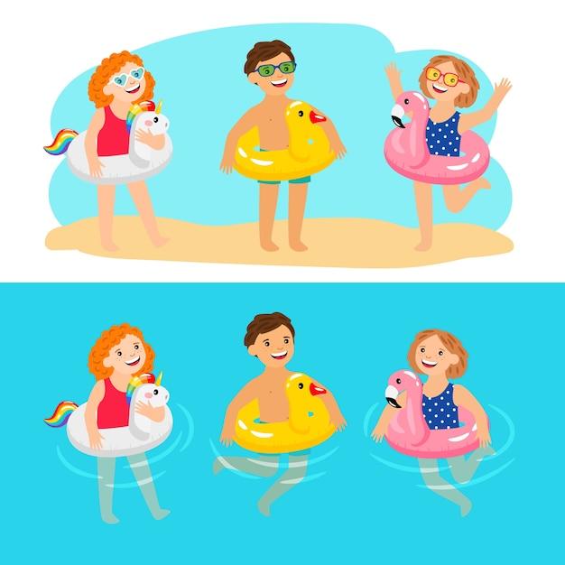 Glückliche kinder mit poolschwimmringen. lustige und lustige kinder mit aufblasbaren poolringen, genießen sommercharaktere, genießen kinder mit gummitier-rettungsriemen, vektorillustration Premium Vektoren