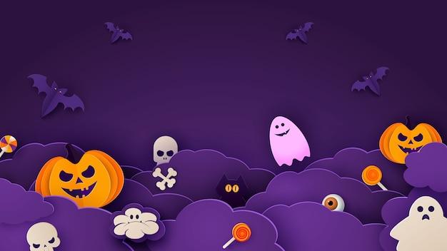 Glücklicher halloween-fahnen- oder partyeinladungshintergrund mit nachtwolken und kürbissen im papierschnittstil. Premium Vektoren