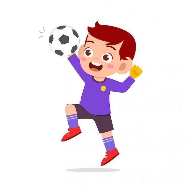 Glücklicher kinderjungen-spielfußball als torhüter Premium Vektoren