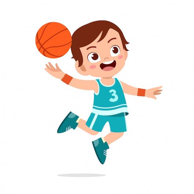 Glücklicher netter kinderjungen-spielzugbasketball Premium Vektoren