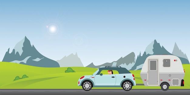 Glückliches paar, das auto auf straße an einem sonnigen frühlingstag im feiertag fährt. Premium Vektoren